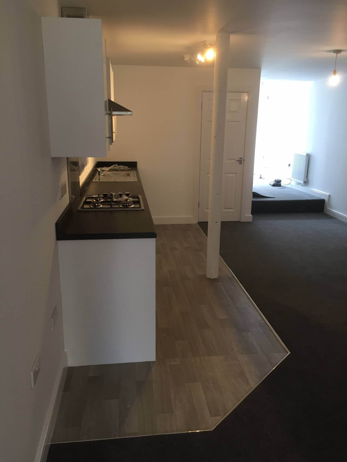 New Build. 3 Bedroom Apartment. Allocated Parking