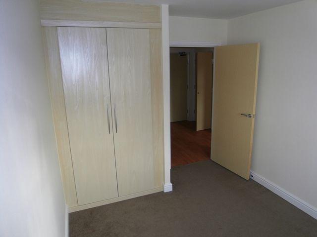 2 Double Bedroom. Master Ensuite. 2nd Floor Apartment. Built in wardrobes. Excellent views. Allocated parking.