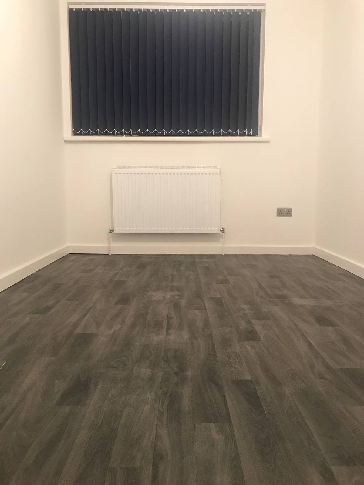 *** Mapperley Park *** HIGH QUALITY. Fully refurbished. New Modern Kitchen. New boiler, radiators, new doors and large living room. USB port-plugs – 5 mins walk Notts City Centre. Gated with electric gates.